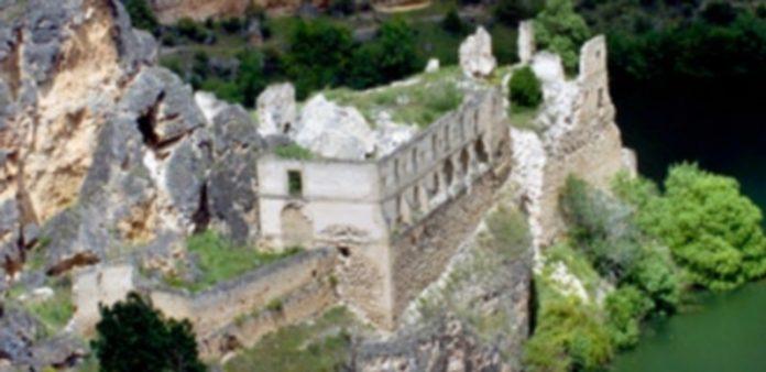 Las ruinas del Convento de Nuestra Señora de los Ángeles de la Hoz en Sebúlcor fue declarado BIC en septiembre de 2012. / Kamarero