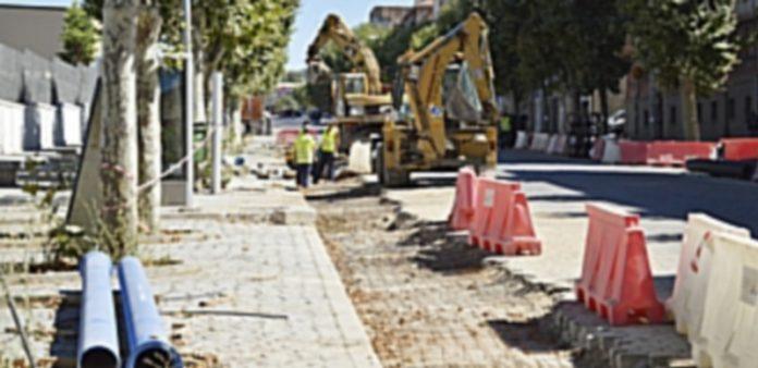 Las obras de la avenida de la Constitución siguen en marcha y cumpliendo los plazos previstos. / Cristina yusta