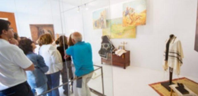 Los edificios con puertas abiertas y las exposiciones de la cultura judía atraen a numeroso público cada año. / Kamarero
