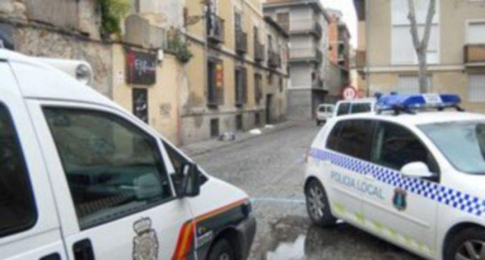 Dos vehículos policiales
