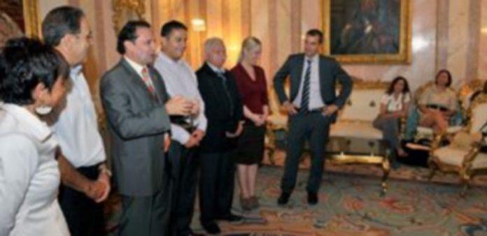 Un momento de la intervención del alcalde durante la recepción oficial