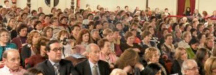 Público asistente a un acto de FEMUR