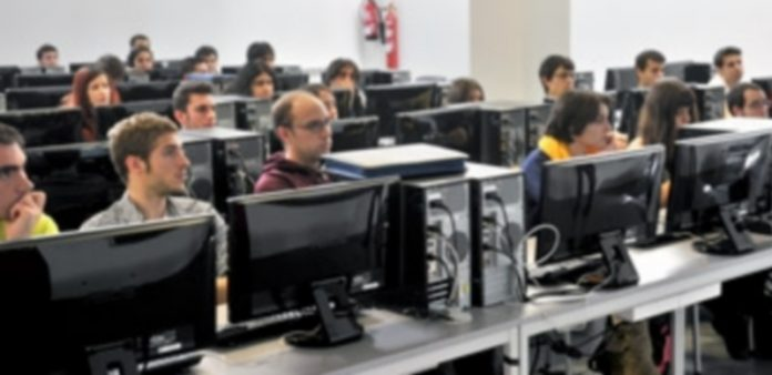 Sala del campus María Zambrano donde se celebrarán las sesiones de la Escuela Internacional Diagnosis. / El Adelantado