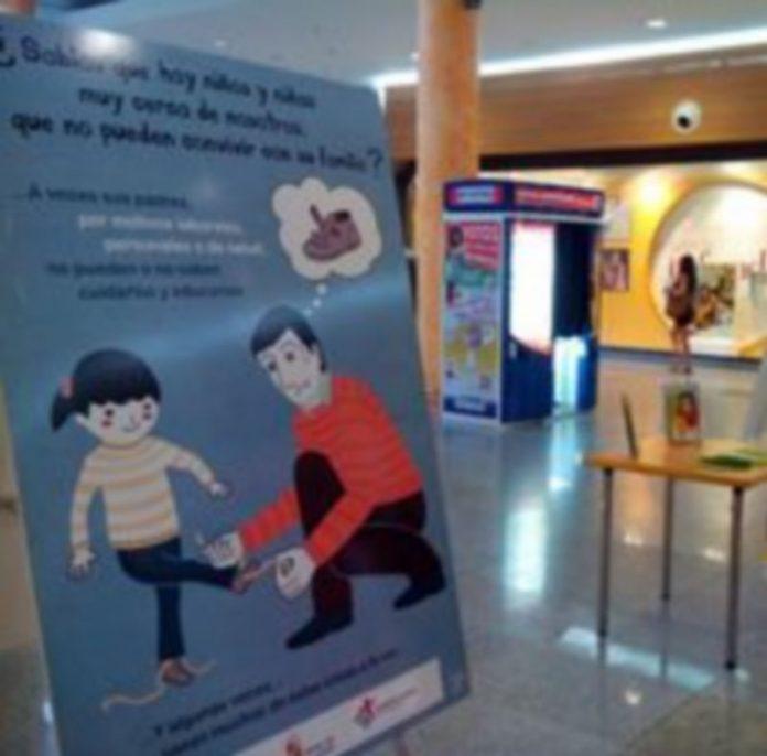 Imagen de uno de los paneles expositivos en el centro Luz de Castilla. / E. A.