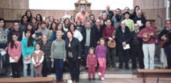 Los integrantes del coro de El Carmen de varias generaciones iniciaron ya los ensayor. / M. G.