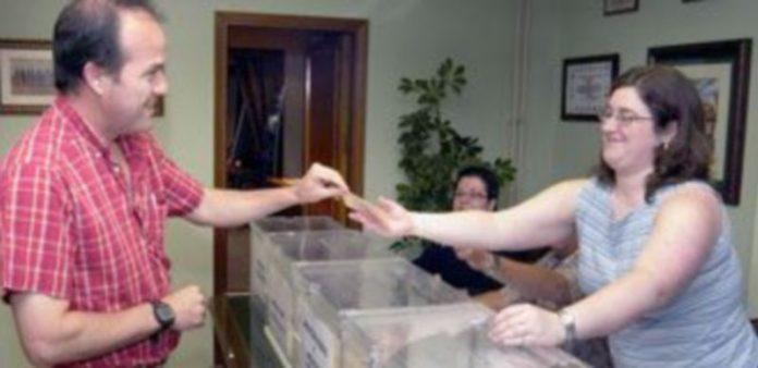 La última vez que se instalaron las urnas en el colegio de Médicos fue en 2005 ya que en 2009 hubo un sola lista. / Juan Martin