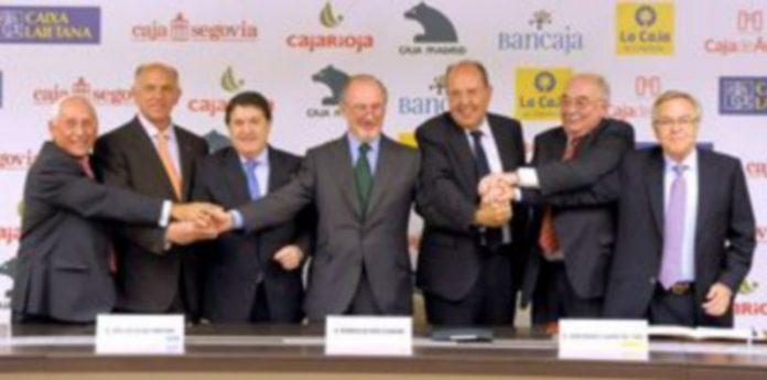 Momento en que los presidentes de las siete entidades rubricaron el acuerdo de integración. / El Adelantado