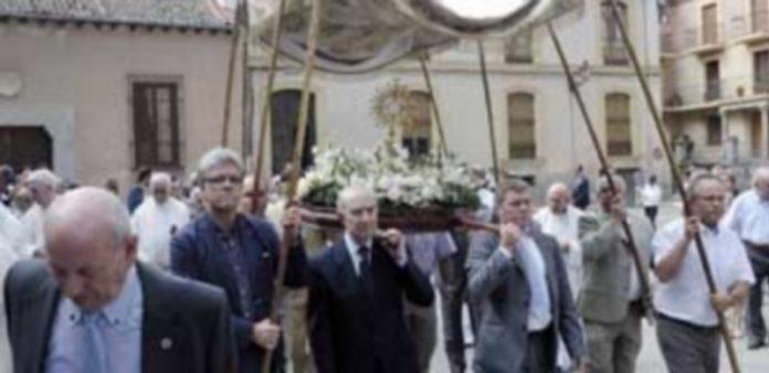 El barrio de San Andrés celebró el pasado año la Catorcena. / Juan Martín