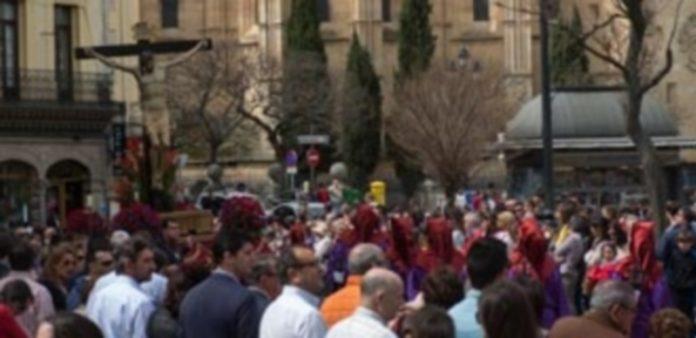 La Cofradía participa en la Semana Santa de Segovia desde 1966. / Kamarero
