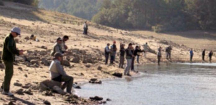 Un grupo de pescadores