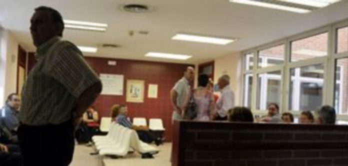 Imagen de las salas de espera de las consultas de Atención Especializada del Hospital General. / Juan Manuel