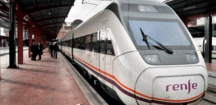 La estación Segovia Guiomar es el punto de salida y entrada de los viajeros que se trasladan en trenes Avant. / Kamarero