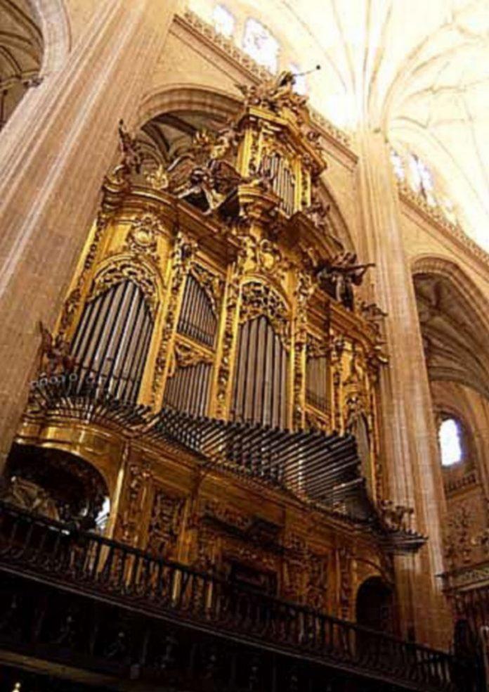 El órgano de la Epístola