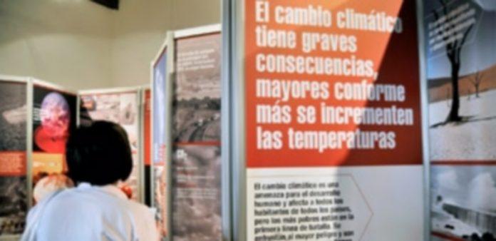 El Centro Nacional de Educación Ambiental albergó hace unas semanas una exposición sobre el cambio climático. / Kamarero