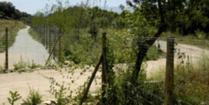 Casado ha criticado que se invierta en hacer un camino invadiendo una propiedad