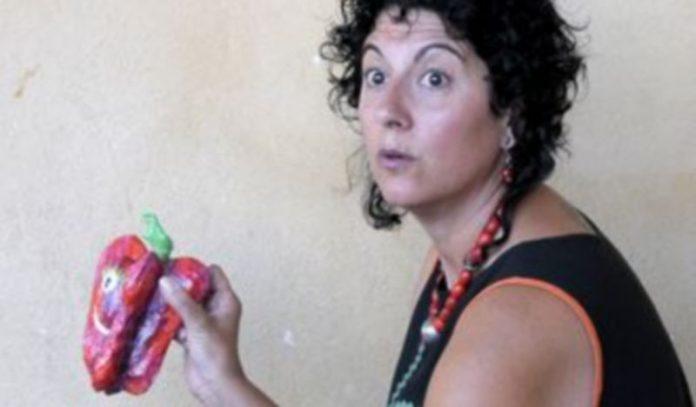 La narradora Eugenia Manzanera inauguró el festival. / Alberto Benavente