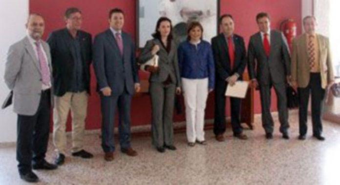 Representantes de los municipios participantes en el encuentro celebrado en Vall D`Uixó./ CARLOS FRAILE