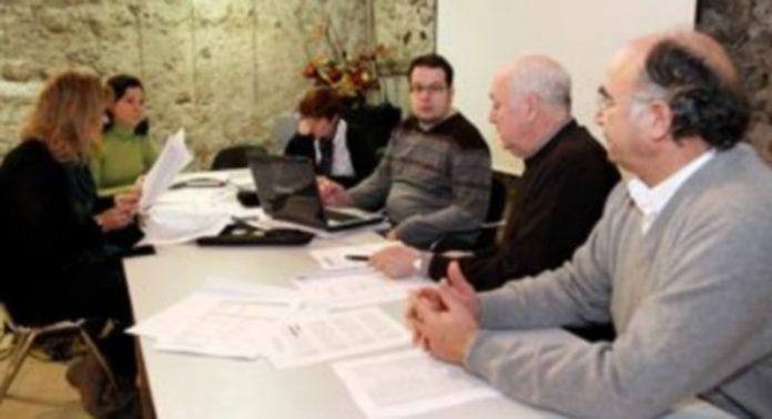 Participantes en la reunión de los Siete Pueblos mantenida esta semana en el Palacio de Pedro I./ Gabriel Gómez