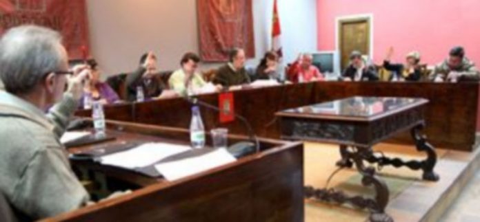 Los dos grupos de la oposición se mostraron contrarios a invertir los planes provinciales en Las Tenerías./ Gabriel Gómez