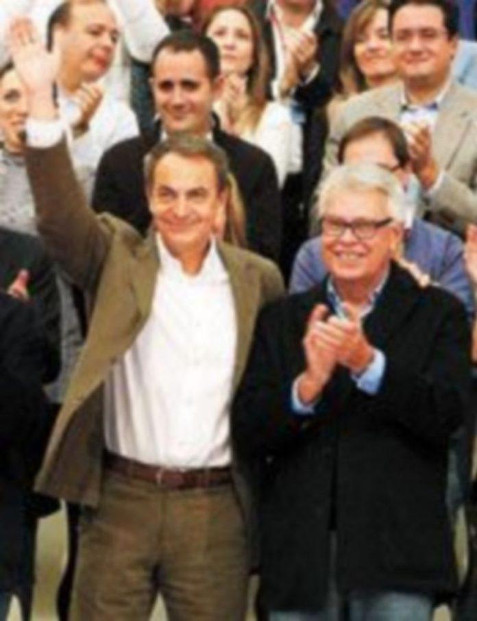 Rodríguez Zapatero y Felipe González compartieron 'cartel' hace unos meses en un acto económico del partido. / Efe
