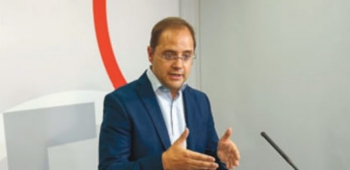 El secretario de Organización del PSOE y dirigente de los socialistas riojanos