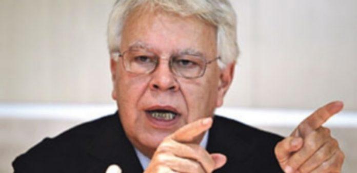 González lanza una advertencia ante el proceso soberanista . / Efe