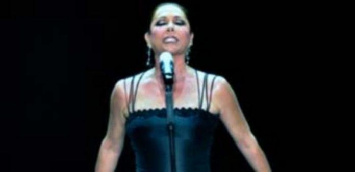 Isabel Pantoja en uno de sus últimos conciertos. / Europa Press
