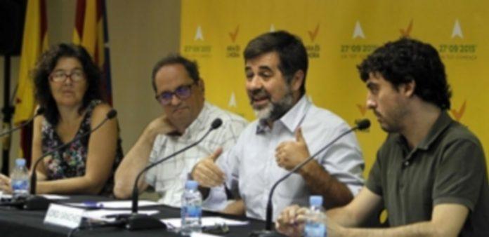 La ANC espera no sólo conseguir la mayoría absoluta