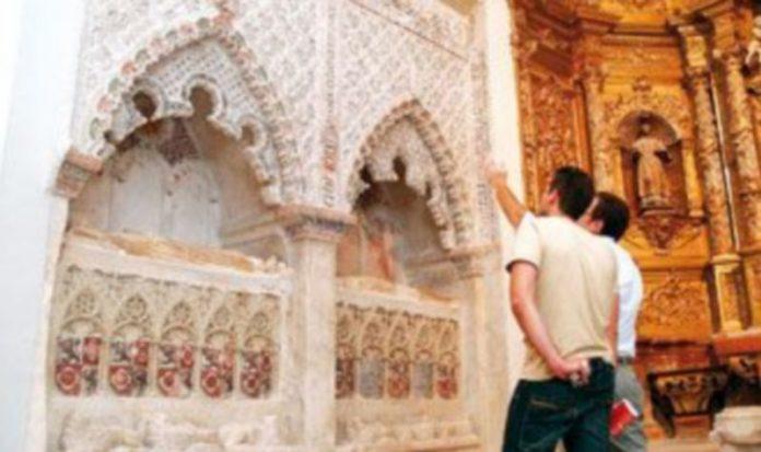 Sepulcros de San Esteban donde se hallaron los cuerpos durante los trabajos de restauración./GABRIEL GÓMEZ