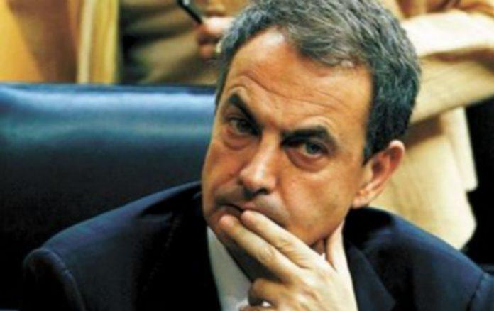 Rodríguez Zapatero vivió una jornada parlamentaria muy tensa. / EFE
