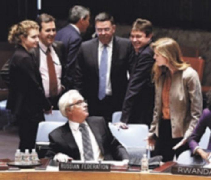 La representante de EEUU en la ONU increpó al enviado de Moscú por la decisión tomada en la asamblea. / Reuters