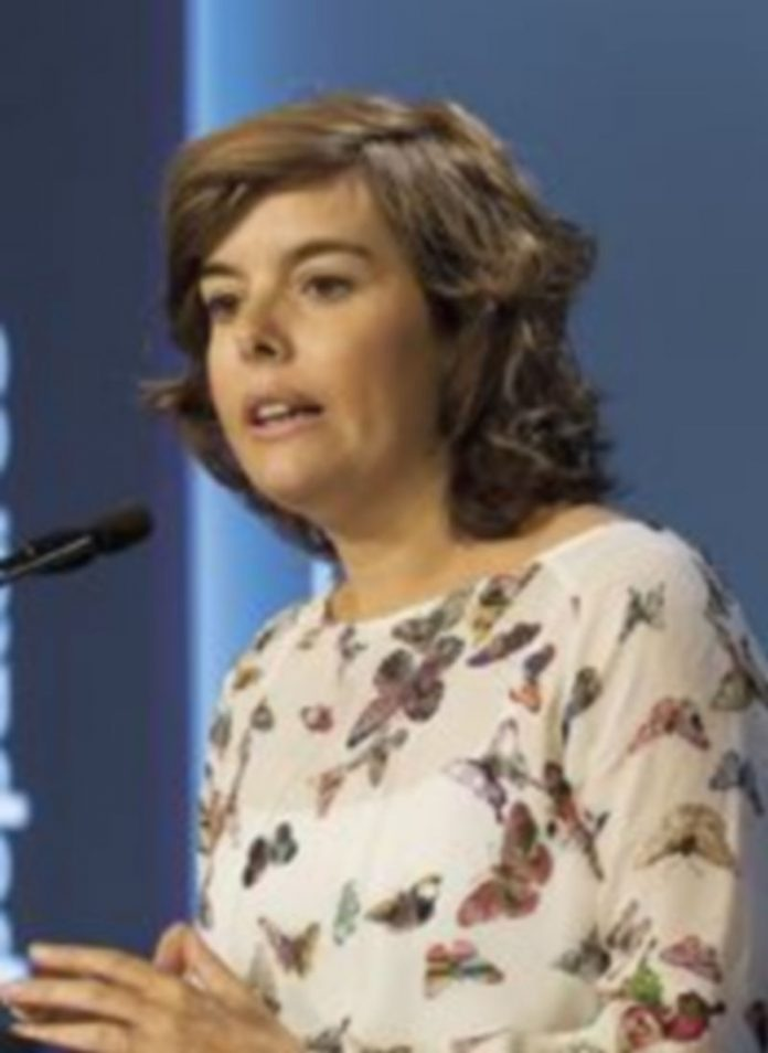 Soraya Sáenz de Santamaría no quiere a los 'abertzales' en las elecciones. / efe