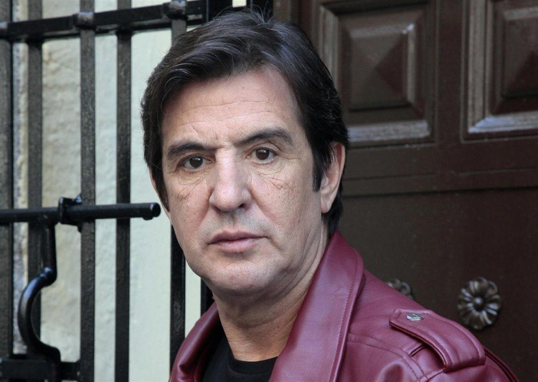 El cantautor extremeño Manolo Tena. / Efe