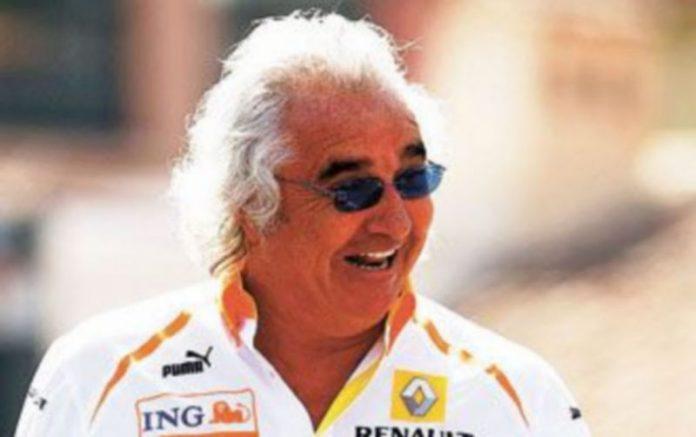 Briatore podrá fichar por otro equipo si quiere seguir en la Fórmula Uno. / EFE