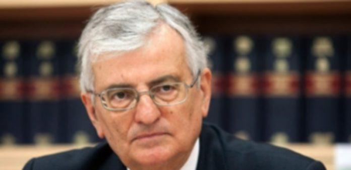 El dimisionario fiscal general del Estado