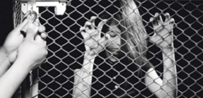 La Policía Nacional presentó la segunda fase del plan contra la trata de seres humanos con fines de explotación sexual. / Efe