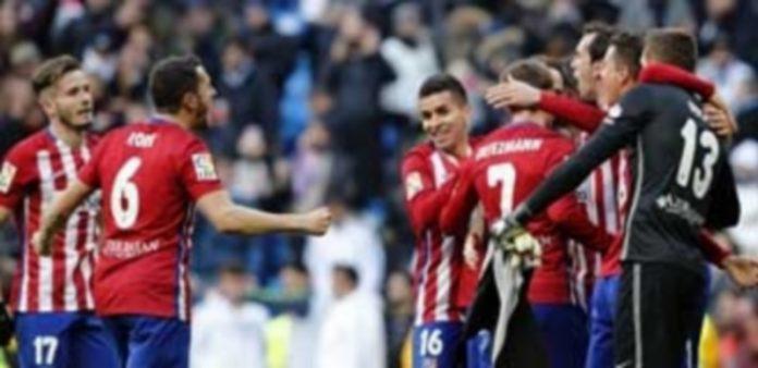 El Atlético consiguió una gran victoria frente al Real Madrid el sábado. / EFE