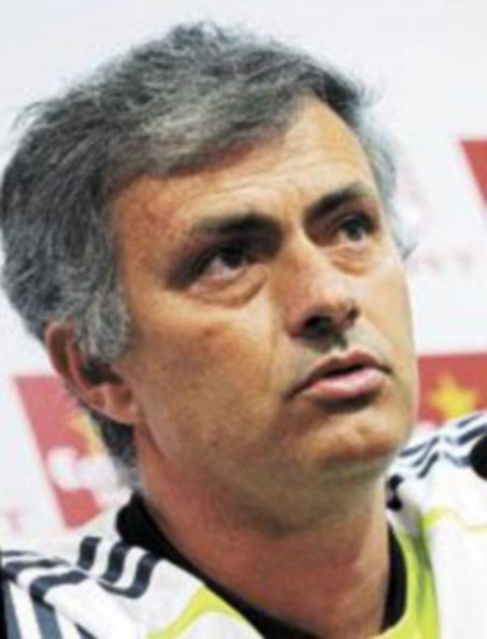 Mourinho no valoró las críticas de Di Stéfano al juego del conjunto blanco