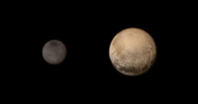 Caronte es el satélite más grande de las cinco lunas que Plutón posee. / EFE