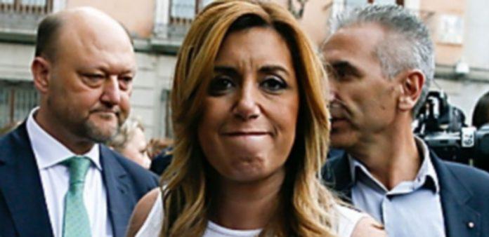 Susana Díaz tuvo que enfrentarse a hasta tres votaciones infructuosas. / Efe