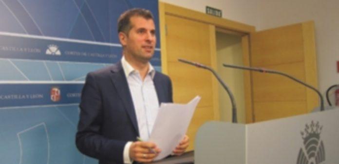 El secretario regional del PSOE
