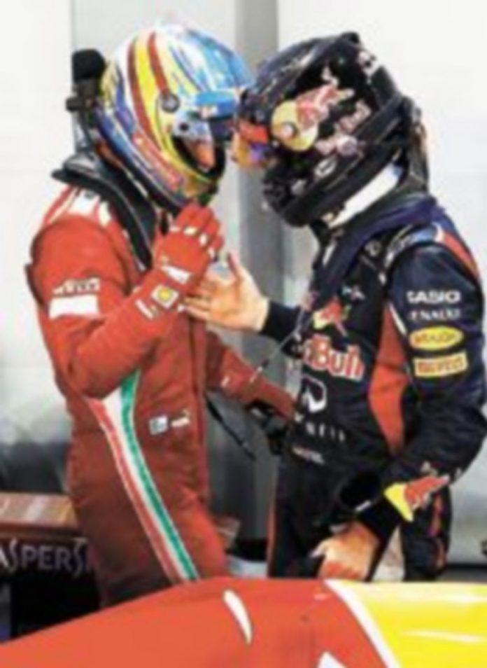 Alonso y Vettel están separados por tan solo 13 puntos. / Reuters