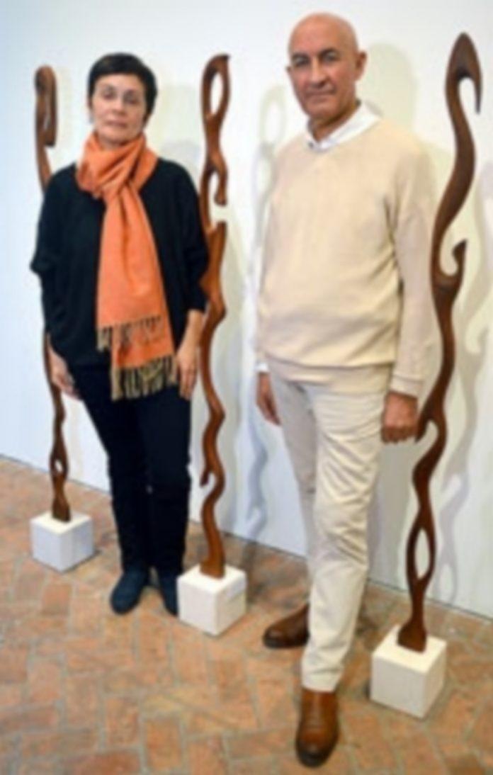 Marifé Santiago y Federico Osorio inauguraron la muestra 'Ensueños'. / TAMARA DE SANTOS