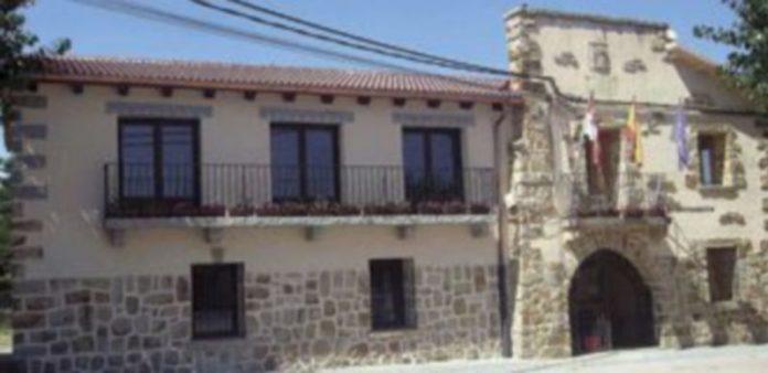 Casa Consistorial de La Losa recientemente reformada. / FÉLIX BLANCO MUÑOZ