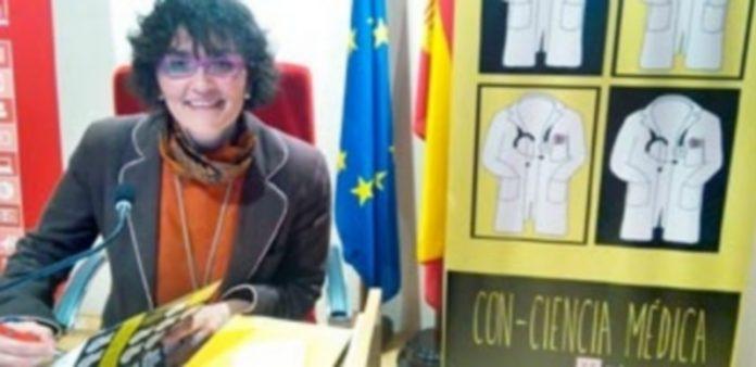 Mónica Lalanda presentó su revolucionario libro en la sede de la Organización Médica Colegial