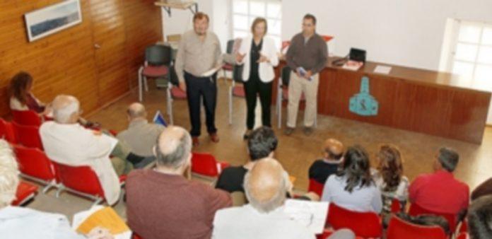 La I Jornada sobre el agua de Ciudadanos se ha celebrado esta semana en la sede de la asociación de San Lorenzo. / NEREA LLORENTE