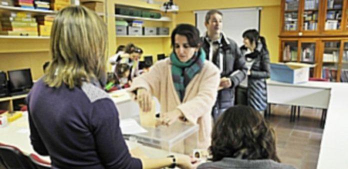 En las últimas convocatorias se han celebrado elecciones en 80 centros de Segovia. / JUAN MARTÍN