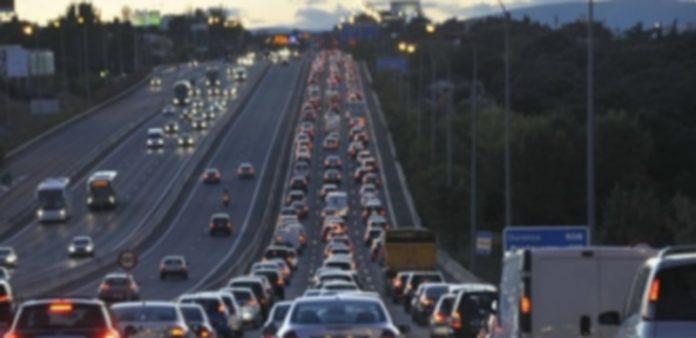 Imagen de archivo de una de las carreteras congestionadas en una operación especial de tráfico. / juan martín