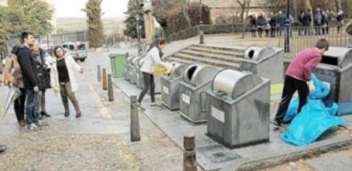 Patrulla verde de reciclado del Centro de Educación Infantil y Primaria 'Fray Juan de la Cruz'. /E.A.