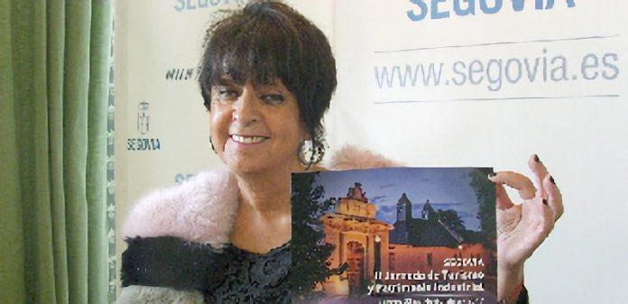 La concejala Claudia de Santos presentó la II Jornada de Turismo y Patrimonio Industrial de Segovia. / EL ADELANTADO